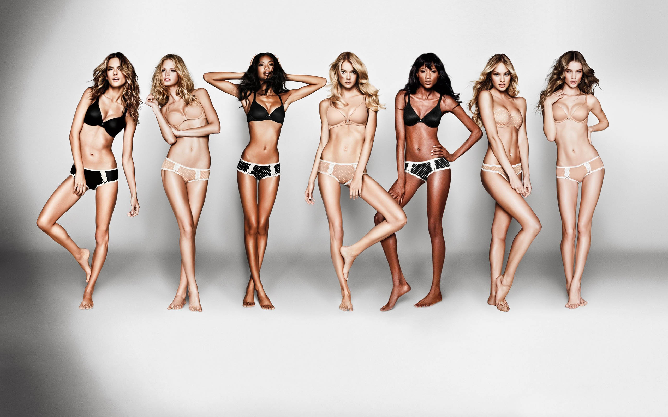 the unrealistic body image victorias secret portrays in society The portrayal of women in society the unrealistic image that media imposes is too with media influencing women and their own personal body image.